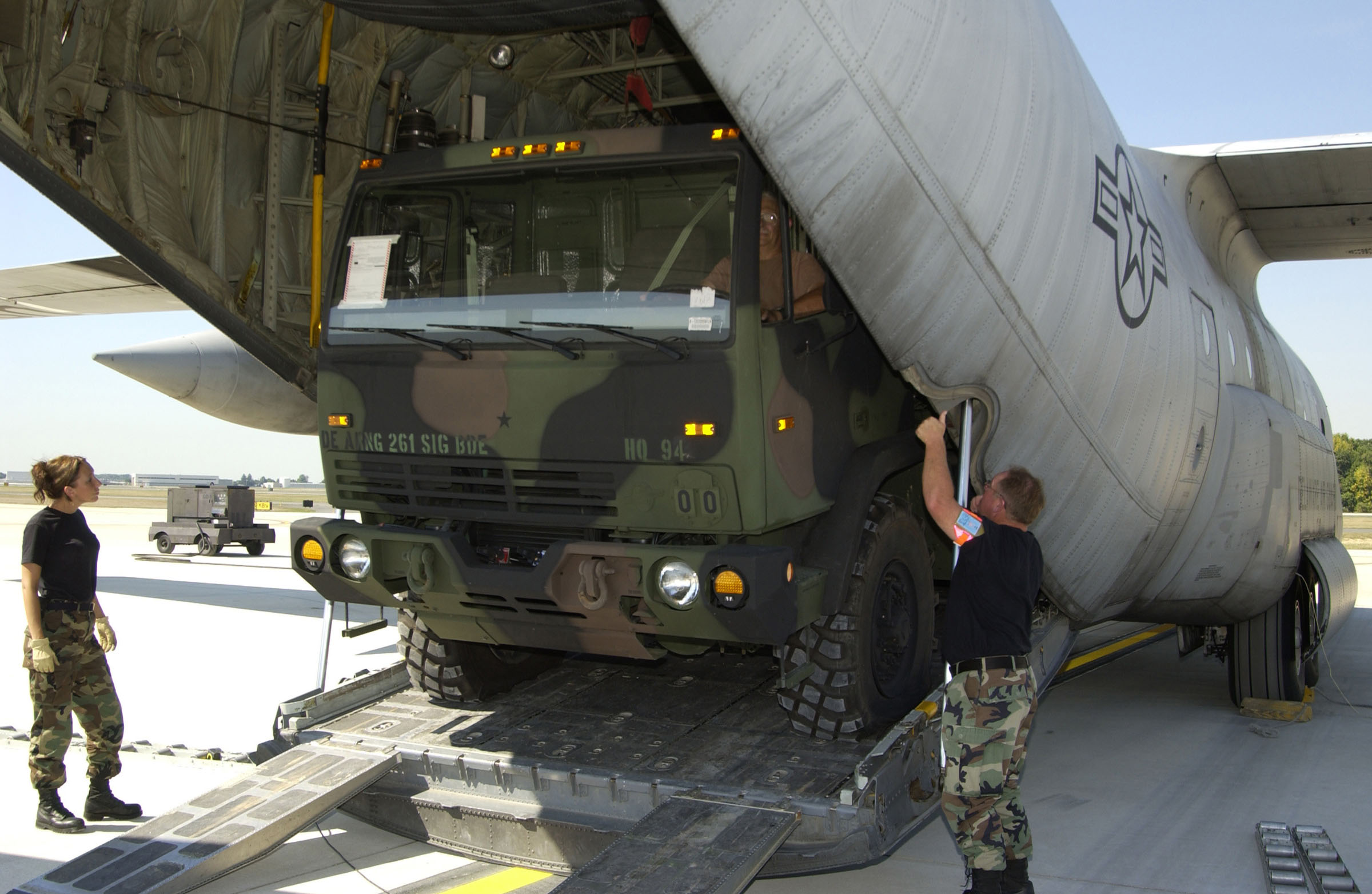 10 Things The C 130 Hercules Can Transport Loraine D