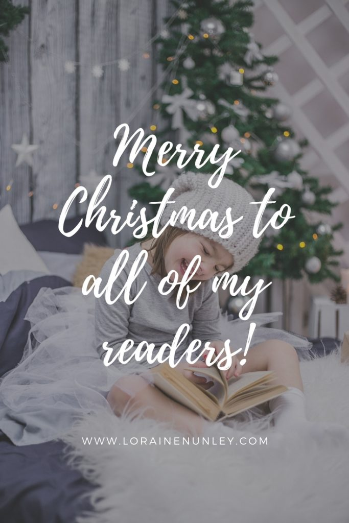 Merry Christmas to all of my readers! 2017 | www.lorainenunley.com